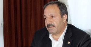 Özcan: Gazeteci toplumun aynasıdır