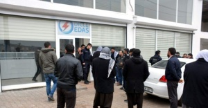 Siverek'te DEDAŞ binasına yürüdüler