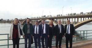 Sakarya'dan Fırat'a Uzanan Tarihi Köprü..