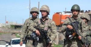 Jandarma, 20 kişiyi gözaltına aldı