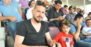 Sercan Özçelik Urfaspor'u yalnız bırakmadı