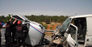 Urfa'da zincirleme kaza: 4 Yaralı
