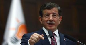 Davutoğlu: Kongrede aday değilim