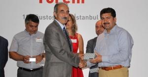 Gazeteci Çiftçi'ye ödül verildi