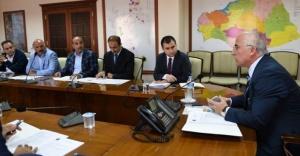 Vali Tuna'nın başkanlığında toplandılar...