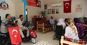 Engelli iki ailenin evleri yenilenecek