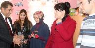 Başkan Atilla Karanfillerle Öğretmenler Gününü Kutladı