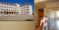 Hilvan'daki okullara belediye desteği