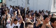 Öğrenciler protesto yaptı