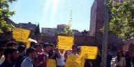 Öğrenciler Soma için sokağa çıktı
