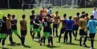 Urfaspor'un maçında ortalık karıştı