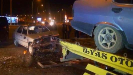 Trafik ışıkları feci kazaya neden oldu!