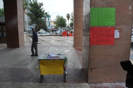 Urfa'da Öcalan engeli!