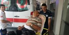 Merdivenden düşüp yaralandı