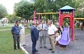 Canpolat parkları vatandaşlarla birlikte inceledi