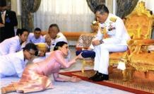 Komutanıyla evlendi...