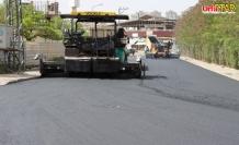 Urfa Büyükşehir sıcak asfalt dökmeye devam ediyor
