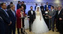 Ak Partililer bu düğünde buluştular