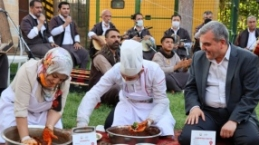 Urfa'nın tescilli yemekleri tanıtıldı