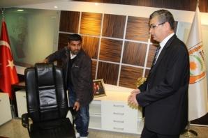 Şanlıurfa Büyükşehir Belediye Başkanı Celalettin Güvenç koltuğuna oturdu