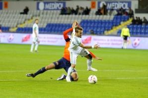 Medipol Başakşehirspor  4   Şanlıurfaspor  1