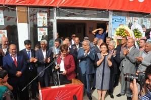 Cumhuriyet Halk Partisi Şanlıurfa Seçim Bürosu coşkulu bir şekilde açıldı.