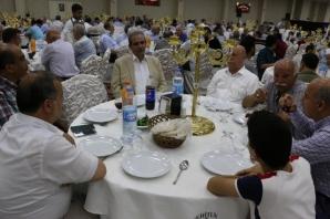 Dr. Hasan Hüseyin Gümüşçü, düzenlenen görkemli düğün töreniyle Öğretmen Betül Ertaş ile dünya evine girdi.