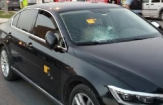 Belediye Başkanının aracına saldırı!