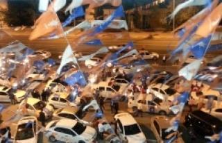 AK Partililer Urfa'da kutlamalara başladı