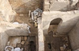 IŞID'in Suriye'de 600 yıllık manastırı...