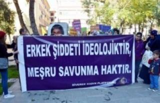 Kadınlar şiddete karşı yürüdü