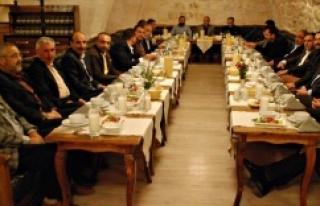 ŞUTSO meclis üyeleri kaynaşma yemeğinde bir araya...