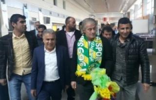 Tugay Kerimoğlu Urfa'ya ayak bastı