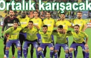 Adana Demir, Urfaspor'un 3 oyuncusuna kanca attı