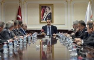 Bakan Çelik, Türkiye İhracatçılar Meclisi heyetiyle...