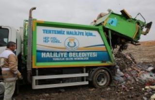 Günlük 350 ton katı atık toplanıyor