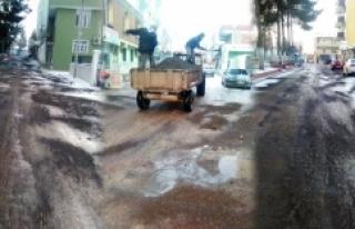 Hilvan'da Buzlanmaya Karşı Önlemler Alındı
