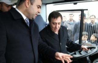 26 Yeni otobüs vatandaşların hizmetinde