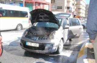 Seyir halindeki araç alev aldı!