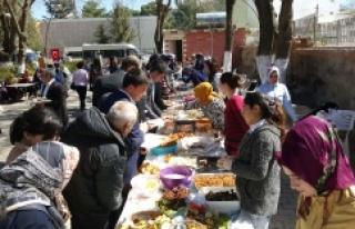 Hilvan'da Şehit Aileleri Yararına Kermes Düzenlendi