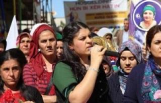 Öcalan'ın katılımıyla PKK'lı kadın...