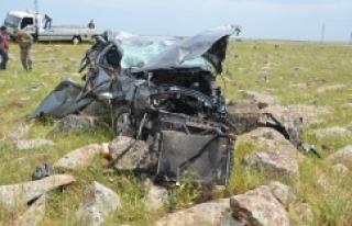 Araç şarampole uçtu: 2 ölü