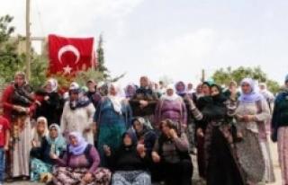 Bakan ve Milletvekilleri Şehit ailesi için geliyorlar...