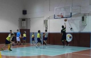 Haliliye'de profesyonel basketbol eğitimi