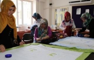 Karaköprü'de ev hanımları meslek öğreniyor