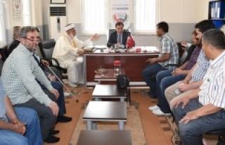 Vali Küçük Suriyelilere yönelik dernekleri ziyaret...