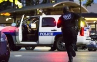 ABD'de Keskin Nişancılar Polise Saldırdı:...