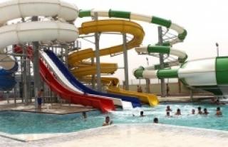 Royal Aqua yüzme havuzu hizmete açıldı