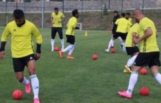 Urfaspor gol çalıştı