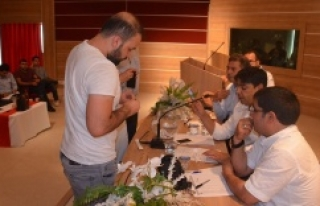 Urfa'ya 297 sağlık personeli atandı